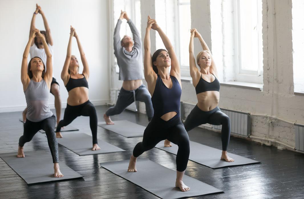 Exercícios Físicos: Crossfit e Yoga