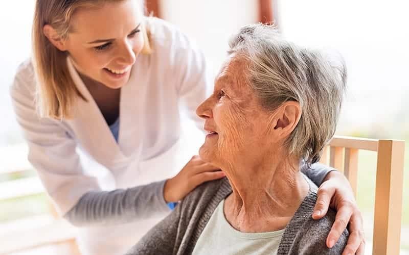 Causas da incontinência urinária em idosos